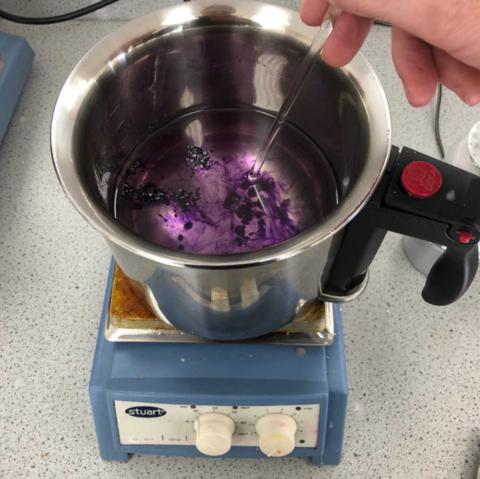 Dissolving the Bekro Dye